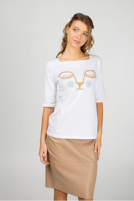 White women's t-shirt with eyes of young lion