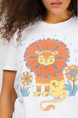 "Women's T-shirt ""Sunnylion"""