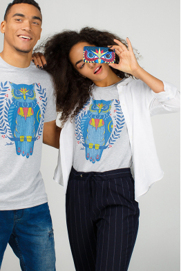 Grey t-shirt with owl