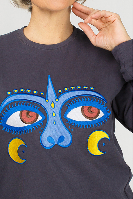 Women's sweatshirt with monkey eyes