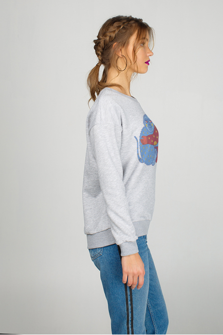 Women sweatshirt with monkey print