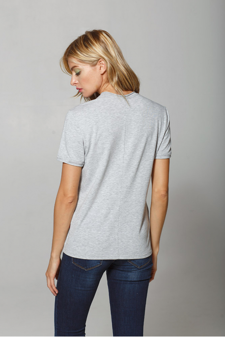 Women t-shirt with swallow print